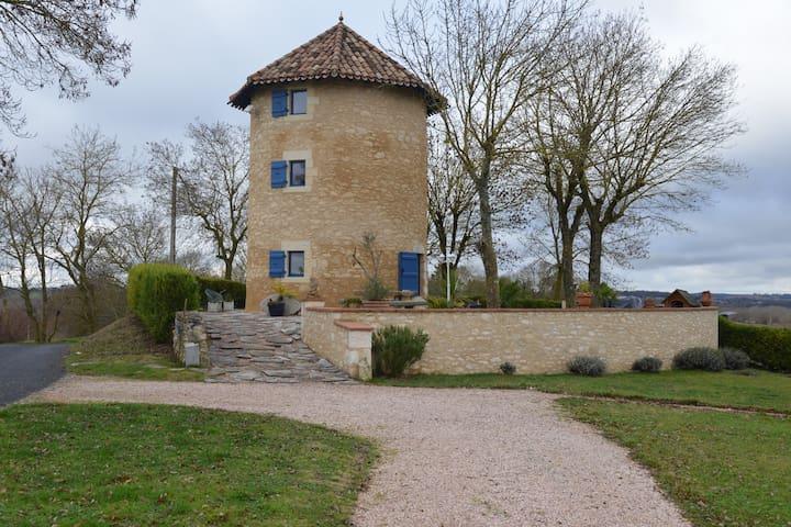 Moulin à vent  dans le Gers