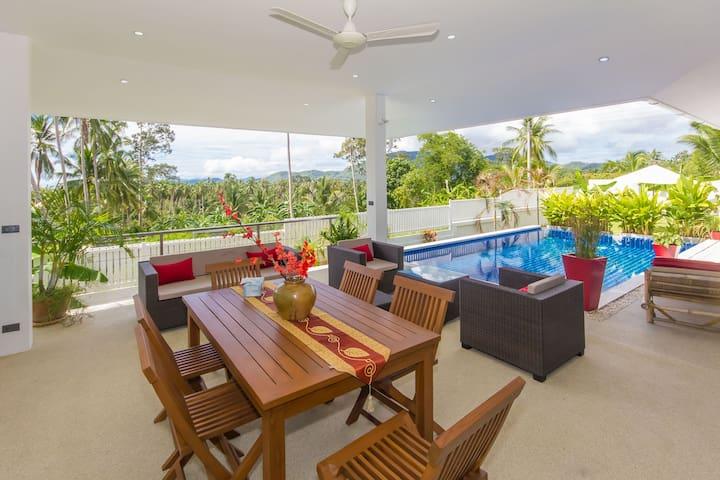 Villa très agréable, prix attractifs - TH - Villa