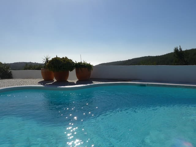 NEW Casa Guincho - with private saltwater pool