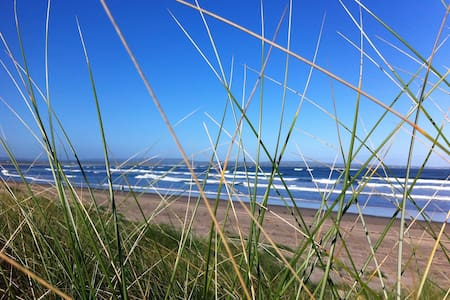Beautiful Sea Side home - Enniscrone - Casa