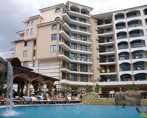 Fully furnished apartment in luxury 4 star hotel - Sunny Beach - Leilighet