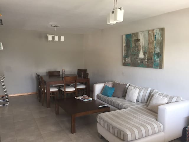 Quiet apartment for 2 - Guaymallén