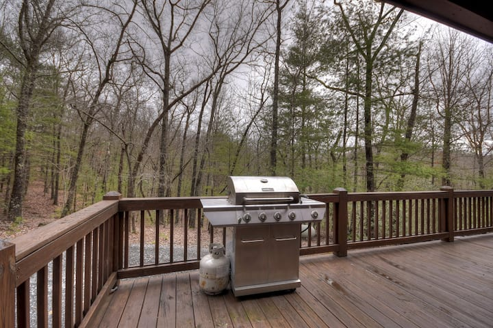 Secluded Holler is super private with plenty of yard space, hot tub and firepit