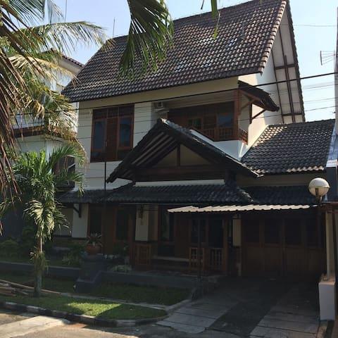 Omah Ditha Guest House - Sleman Regency - Huis