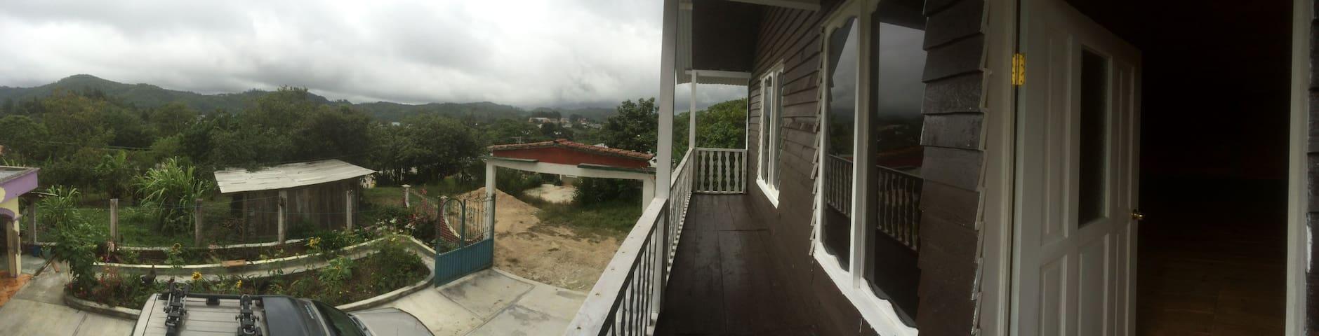 Habitacion cabaña lagos de Montebello