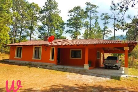 Casa de Campo San José (La Esperanza)