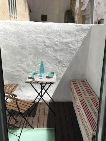 Lovely apartment with a patio in Santos