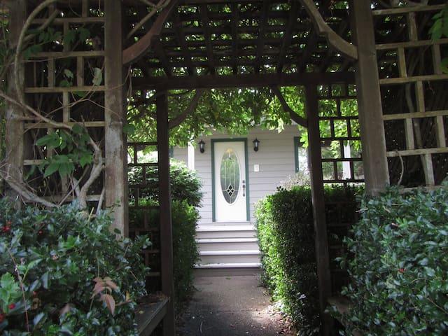 'Meala Agus Luisna'   Spectacular view, - Ellershouse - House