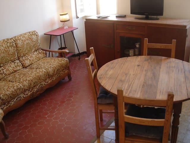 Appartement #4, Chutes Lavie