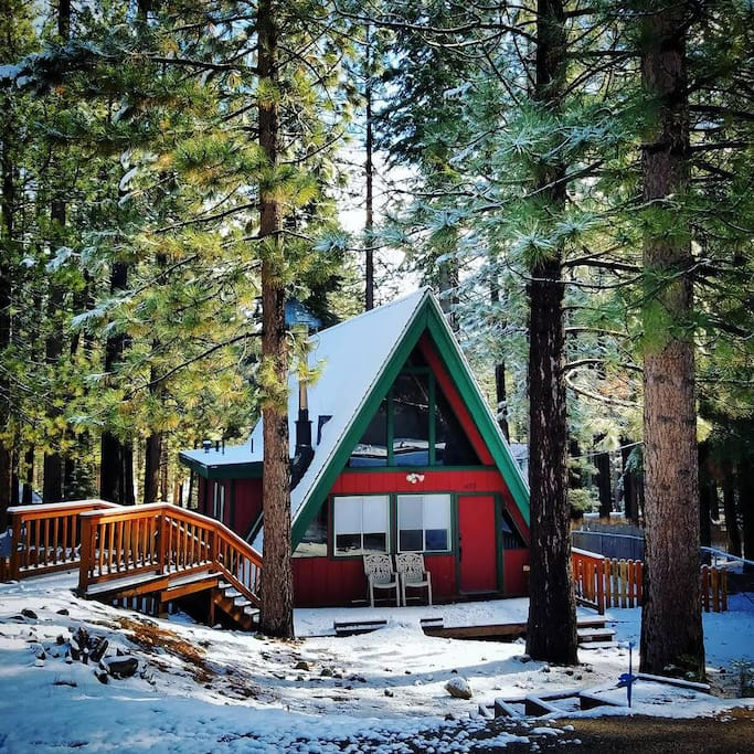 Cozy Cabin W Easy Access To Pioneer Trail HW50 Chalet