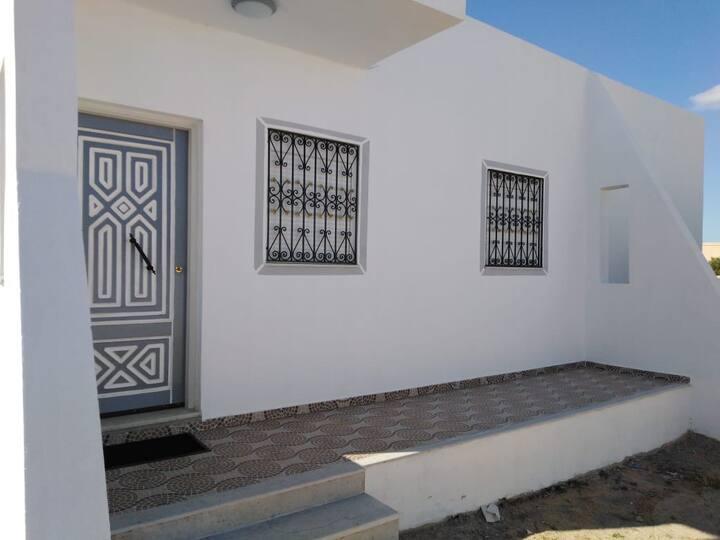 Maison LILLA proche de la zone touristique