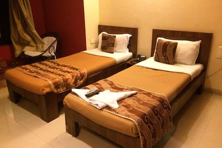 Clean and convenient BnB in a good neighbourhood - Pune - Bed & Breakfast
