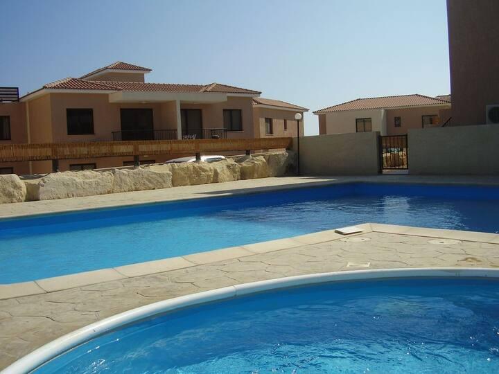 Vine Apartment in Pissouri, 2 Bed, 2 Bath