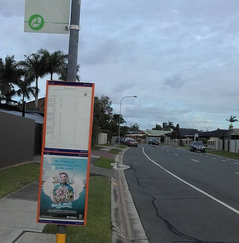 close to Burleigh Sports club and local shops