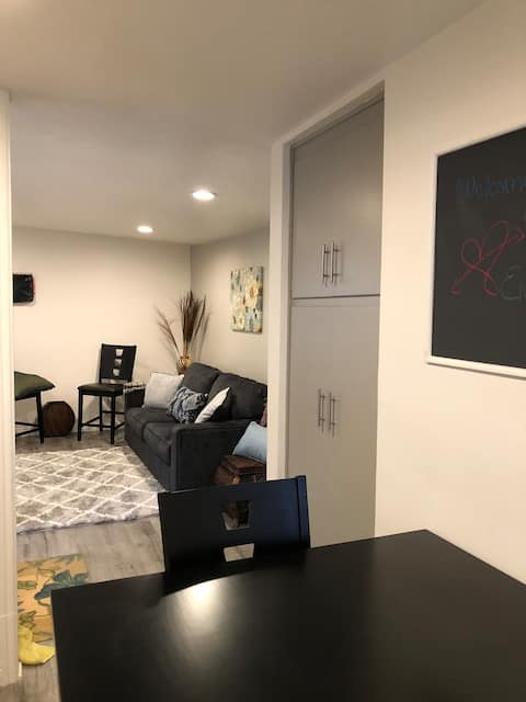 Cozy Private One Bedroom Completely Disinfected!