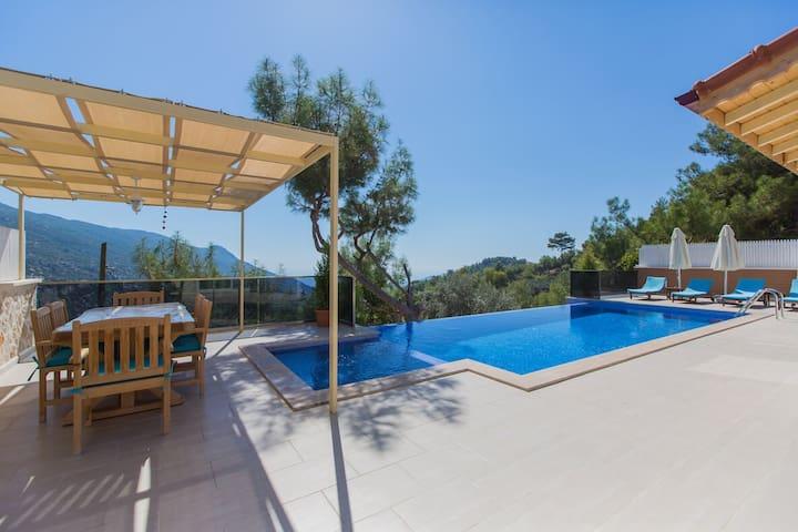 2 yatak odalı havuzu görünmeyen villa - Kaş - Villa
