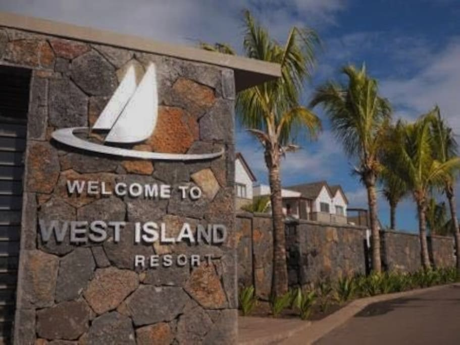 Entrance to West Island