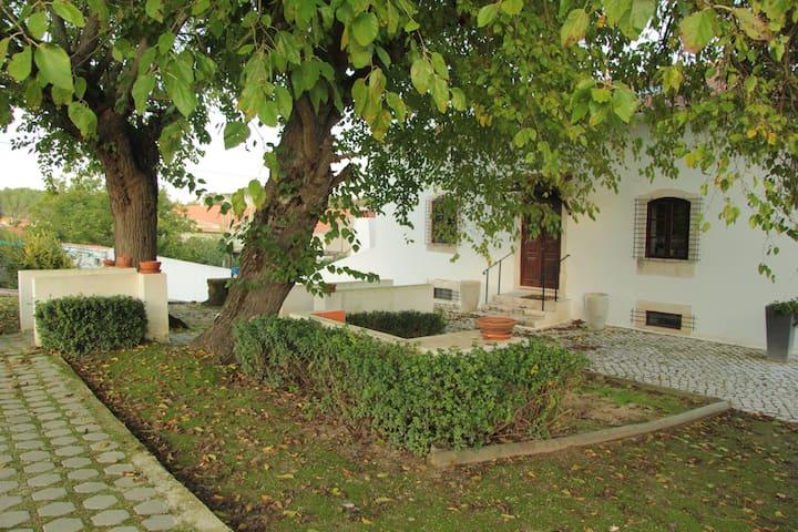 Casa da Cerca - Azóia de Baixo - Villa