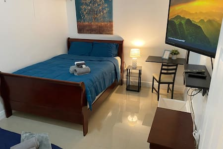 Spacious & Comfortable Guest Room