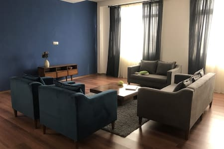 Mahdia house for female only
