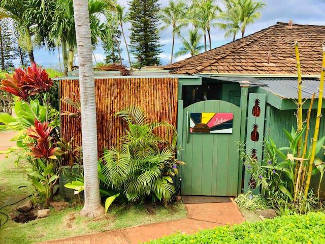 The Maui Mango Cottage, Private Hawaiian 3 bedroom