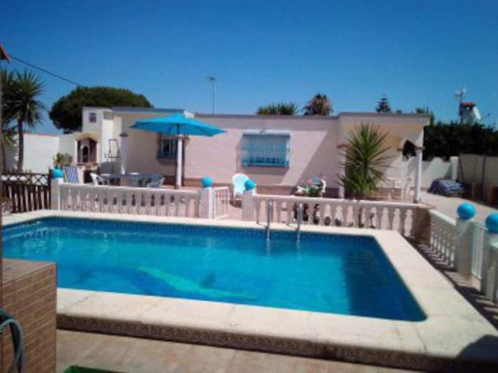 """""""El Verano Azul"""" ... Casa con piscina"""