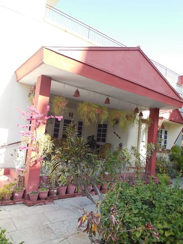 Bougain Villa Homestay Jaipur