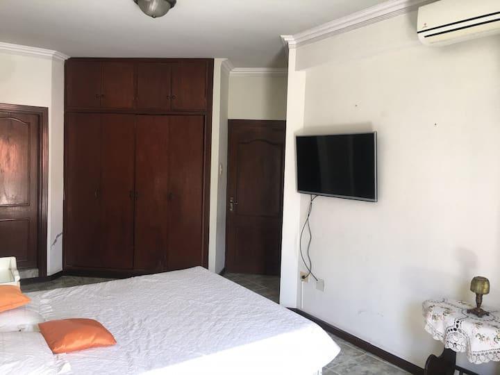 Safety and Comfort Habitacion 1