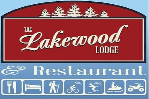Lakewood Lodge-Private room/bath-Breakfast-WiFi
