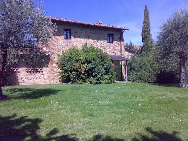 Typical Tuscan Cottage - Montaione - Casa
