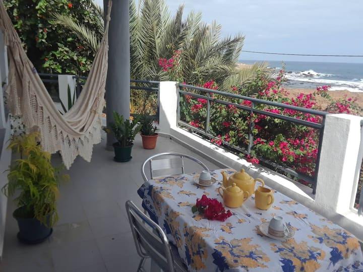 VERA'S HOUSE Suite frente ao mar
