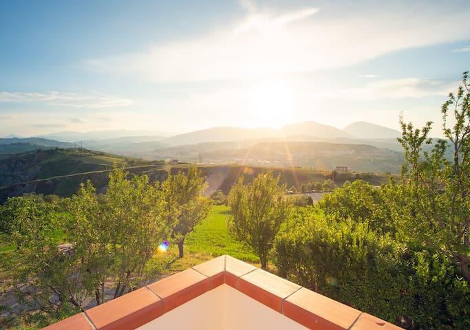 Comfortable, light, great views & breakfast