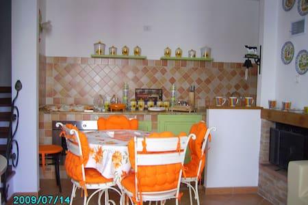 Casa indipendente Alghero - Putifigari