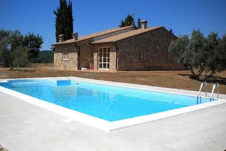 Splendida Villa, Monteverdi Maritt. - Monteverdi marittimo