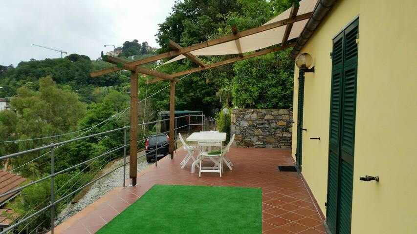 Rapallo-Affitto Villetta indipendente  x vacanze