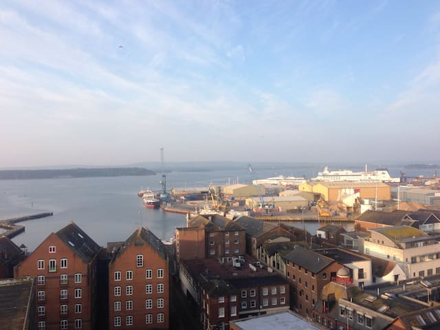 Incredible penthouse views! - Poole - อพาร์ทเมนท์