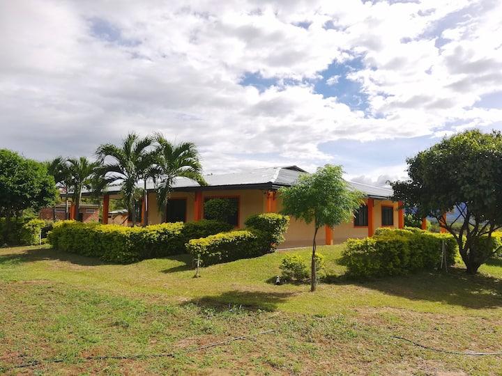 CAMPOS DE BETHEL - Casa Campestre