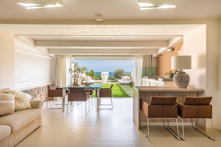 Villa Acquamarina a due passi dal mare