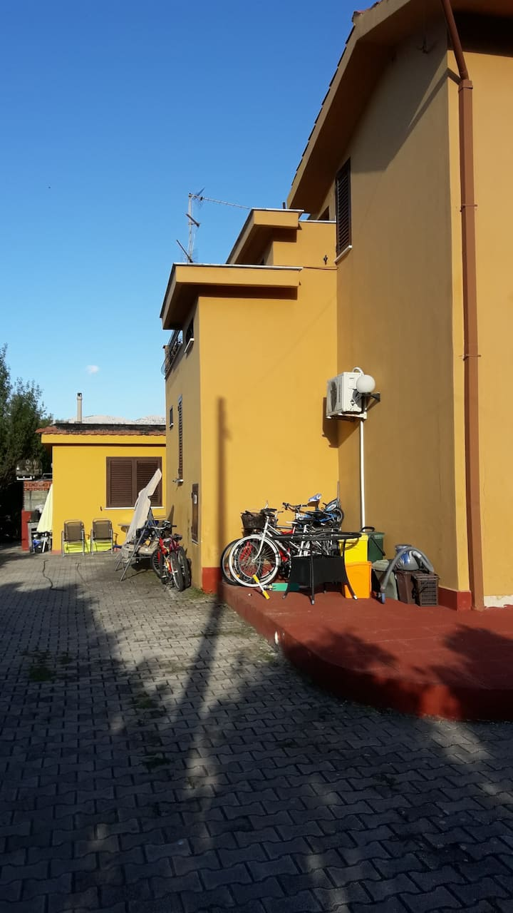 Villa  IN COMUNE  ALTRI OSPITI