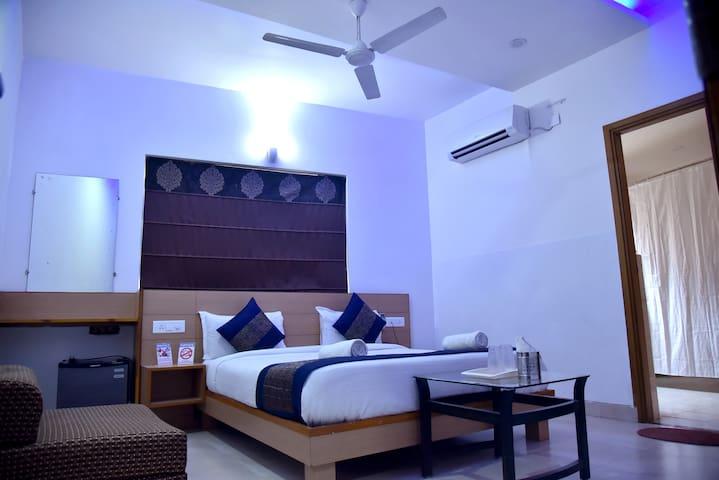 Divud Ecom Hotel Premium Deluxe Rooms