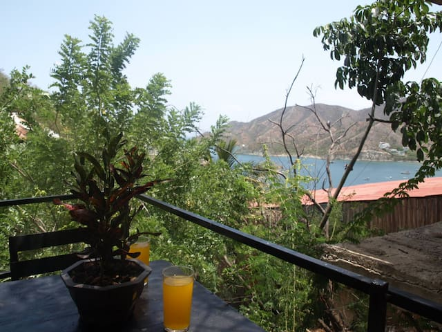 Cottage with private terrace and sea view Taganga