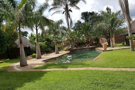 Nzuri Patakatifu - Harare