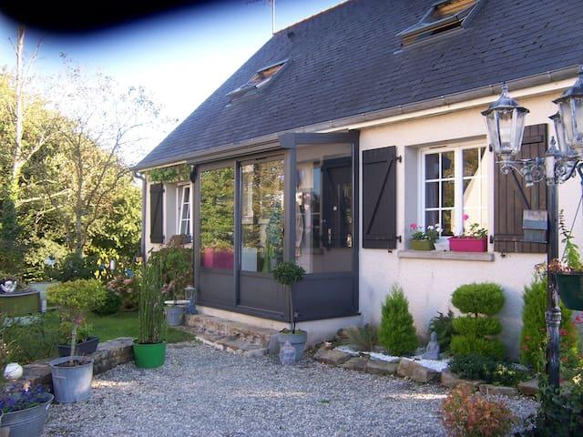 maison calme avec jardin