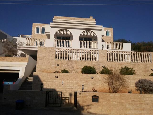Сдам в аренду комнаты в собственном доме - Limassol