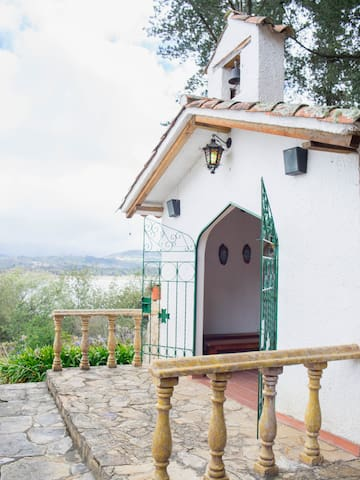 Beautiful country house, lake view. - Guatavita - Casa