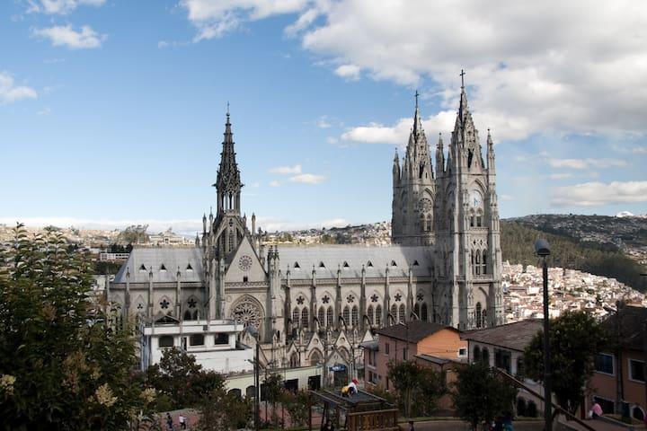 Casa La Basilica #2 | Historic&Modern Colonial