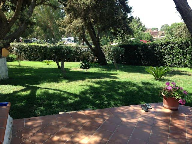 Villasimius (Notteri) house with patio and garden - Notteri - Villa