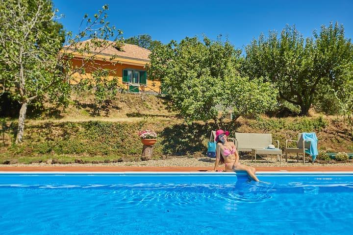Villa Cocuzzolo_Case dell'Etna | Villa con piscina