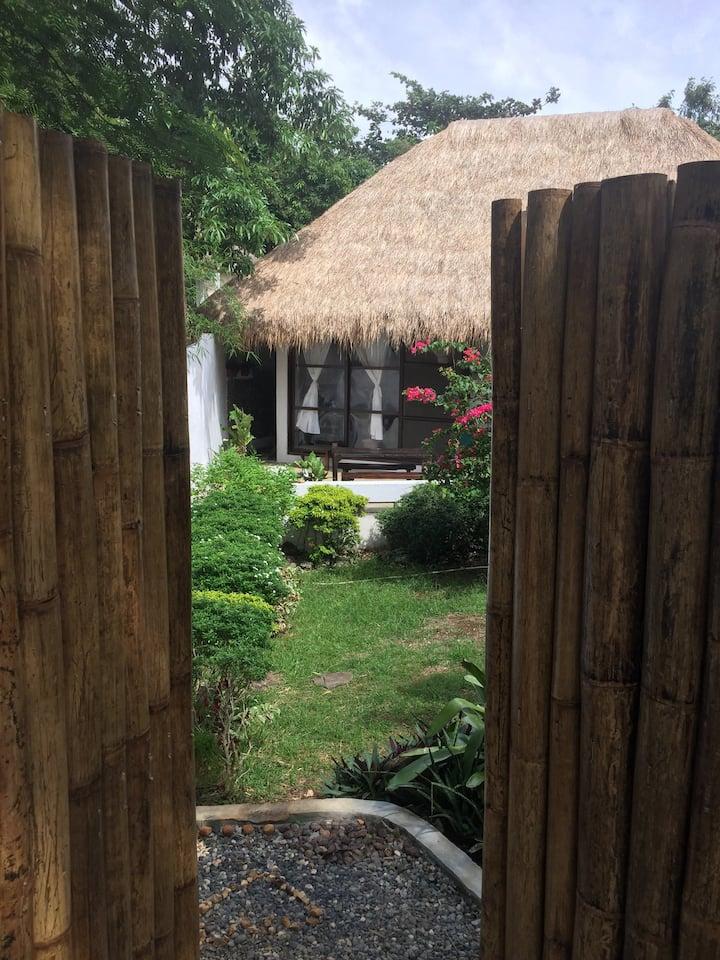 Villa with Garden in DIniwid