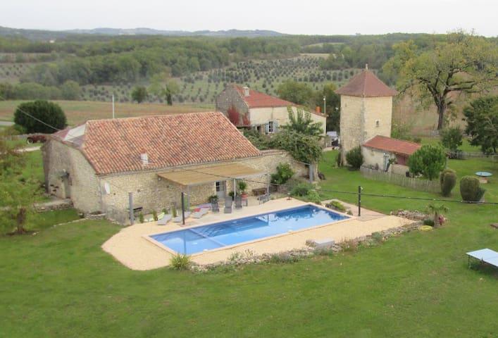 Les Voisins XXL  -  PRIVATE POOL ! - Mauroux - บ้าน